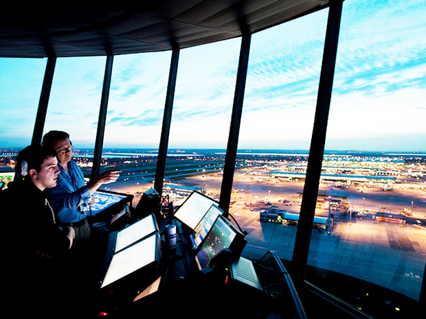 become air traffic controller