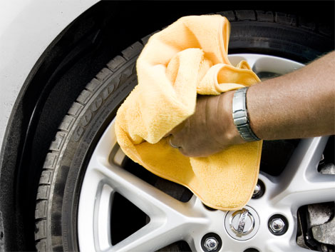 clean aluminum wheels